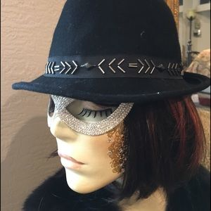 Accessories - Black Wool Hat Sequin Band